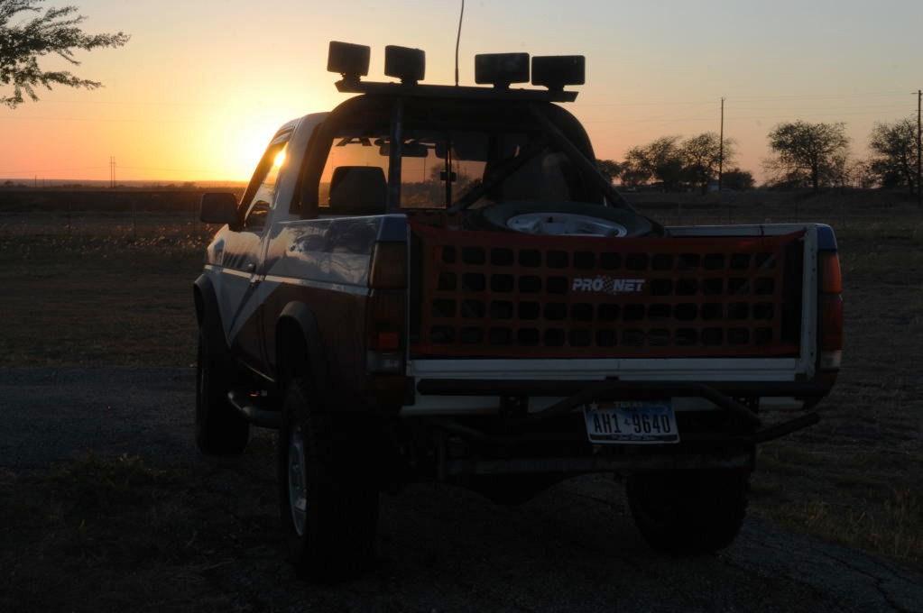 JeffBs 1988 Nissan Desert Runner 4x4 Hardbody Restoration Project - photo b
